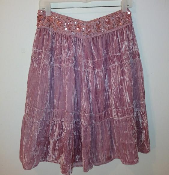BCBGMaxAzria Dresses & Skirts - BCBGMAXAZRIA  Velvet  Skirt